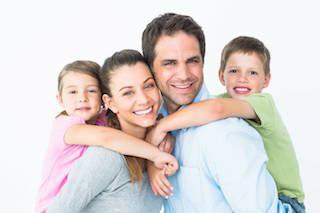 happy family smiling | Chesterfield MO Dentist