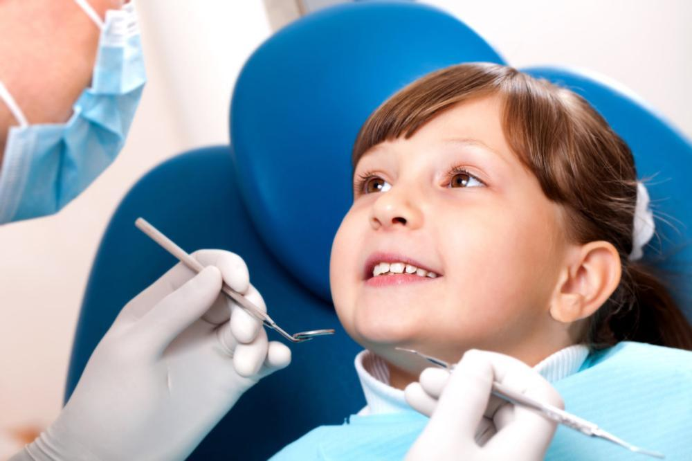 child at dental exam | chesterfield mo dentist