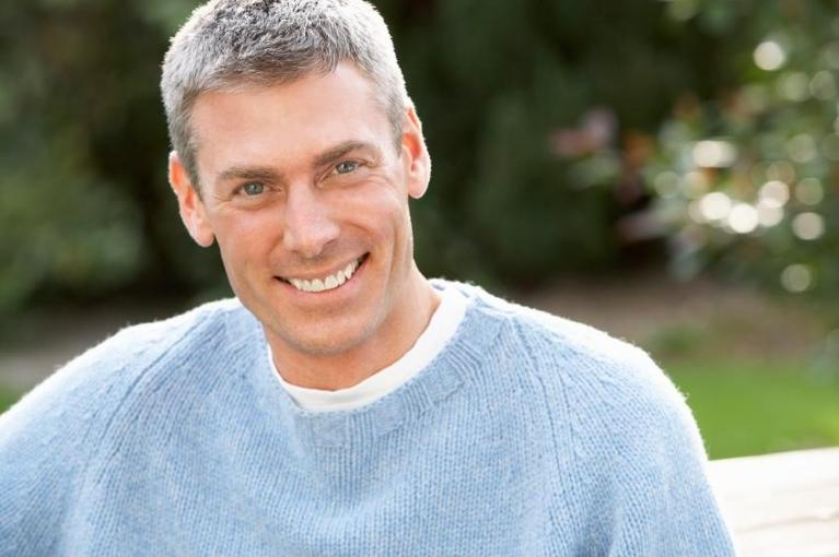 older man smiling | periodontal care chesterfield mo